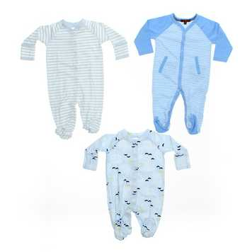 Footed Pajamas Set for Sale on Swap.com